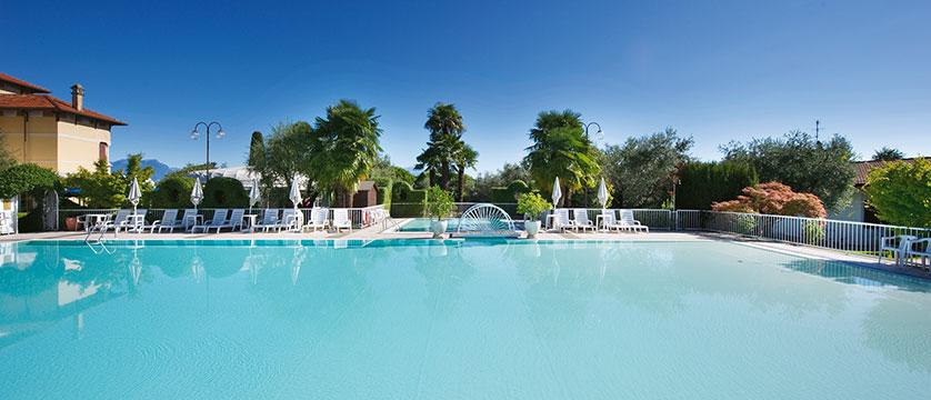Hotel Villa Maria, Desenzano, Lake Garda, Italy - Outdoor pool.jpg
